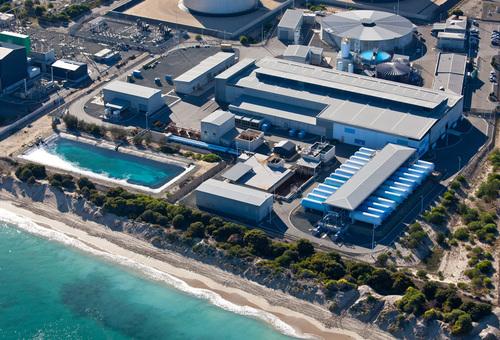 usine-de-dessalement-d-eau-de-mer-par-Osmose-Inverse-de-Perth-Australie.jpg
